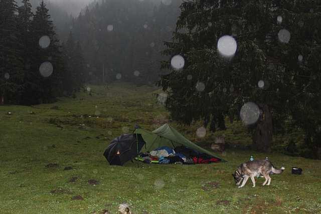 letztes Lager, mit Regen.