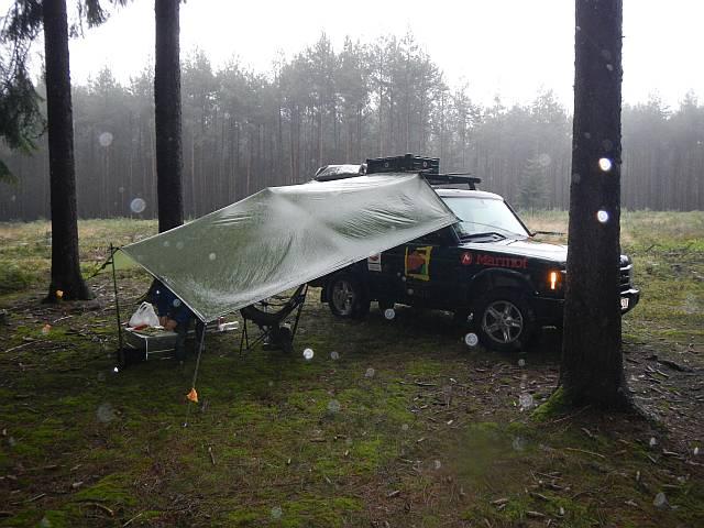Basislager im Wald